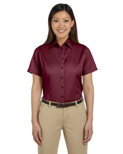 Ladies  Short-Sleeve Twil`Shirt with Stain-Release
